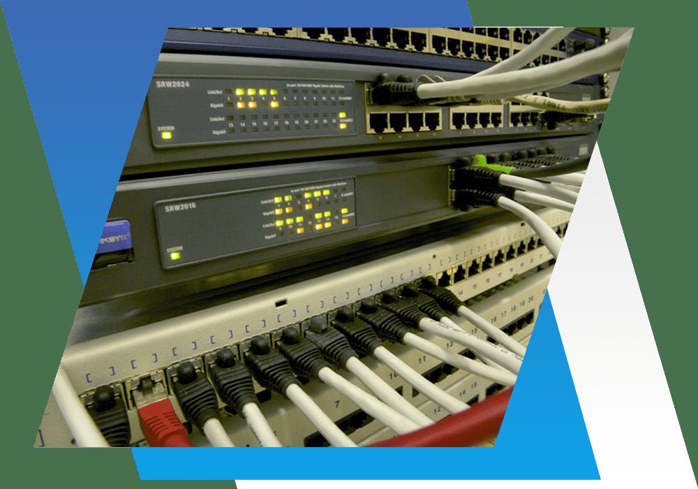 LAN配線や電話配線の社内通信設備工事